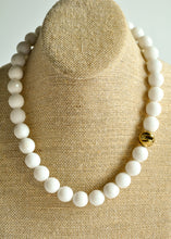 Load image into Gallery viewer, Snow Quartz Beaded Necklace