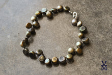 Load image into Gallery viewer, Silk Knotted Green Freshwater Button Pearl Bracelet