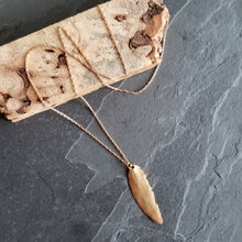Load image into Gallery viewer, Bronze Feather Necklace