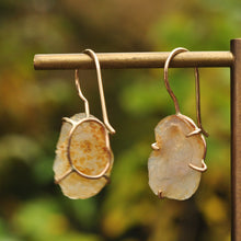 Load image into Gallery viewer, Peachy Tiny Geode Dangle Earrings