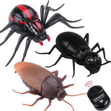 Load image into Gallery viewer, Remote Control Spider Cockroach RC Animal Infrared Toy Kit Simulation Electric robot Smart Ant Prank Jokes Radio Insect for Boys