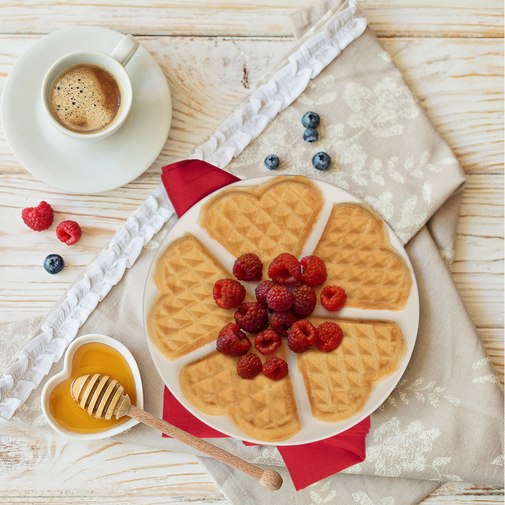 Classic Heart Waffler by CucinaPro