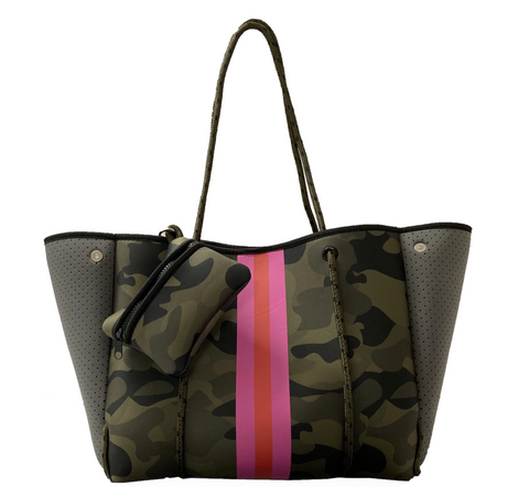 ON THE GO TOTE - GREEN CAMO