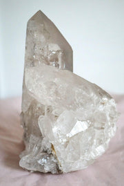 giant quartz point