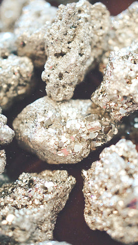 crystal meaning gold pyrite