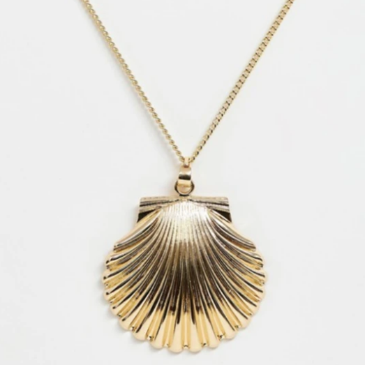 Gold Tone Shell Necklace