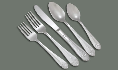 Winco Extra Heavy Weight Peacock Oyster Fork - 5-1/2""