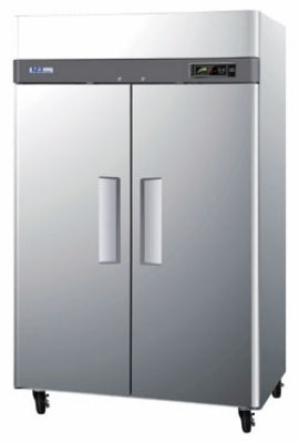 Turbo Air M3F47-2 Reach-In Freezer With 2-Section & Full Doors