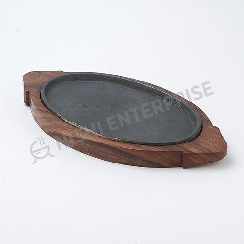 Cast Iron Oval Sizzler with wooden tray