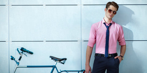 How to rock a pink shirt?