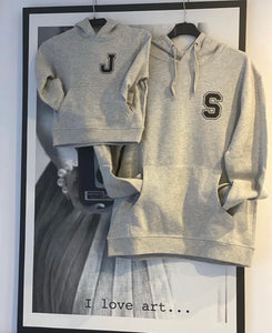 "Sudadera ""college minimal"" color gris"