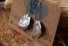 Load image into Gallery viewer, Taro Leaf Earrings - Silver