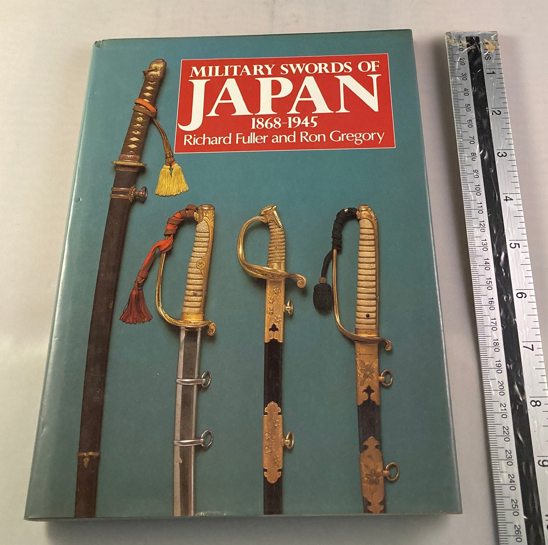 Military swords of Japan 1869-1945 fulller and Gregory - Yamazakura