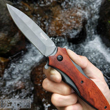 Load image into Gallery viewer, DA133 quick-opening Folding Knife