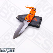 Load image into Gallery viewer, GB Full Tang Stainless Steel Paracord Fixed Blade Knife