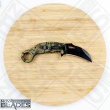 "Load image into Gallery viewer, SW Extreme Ops Karambit Camo Handle 3"" Plain Edge Blade"