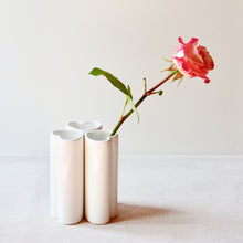 Load image into Gallery viewer, White Ceramic Heart Vase