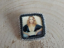 Load image into Gallery viewer, Madonna portrait brooch