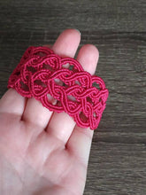 Load image into Gallery viewer, Magenta macrame bracelet