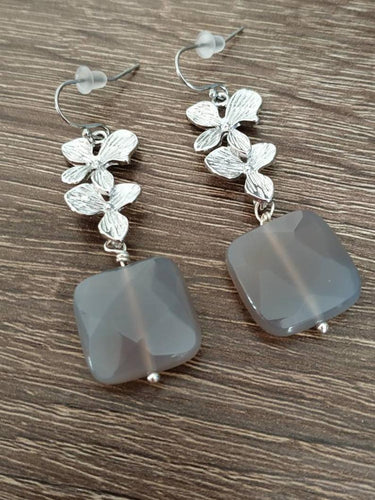 Orchid flower gray crystal earrings