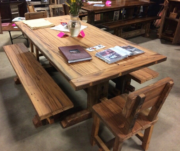 Beautiful Barnwood Table w/ 2 Benches & Chairs