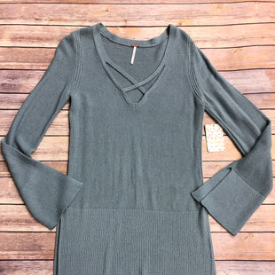 Primary Photo - BRAND: FREE PEOPLE STYLE: SWEATER HEAVYWEIGHT COLOR: BLUE SIZE: S SKU: 232-232123-7156DUSTY MINT/GRAYISH BLUE IN COLOR