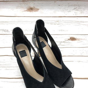 Primary Photo - BRAND: WHITE HOUSE BLACK MARKET STYLE: SHOES LOW HEEL COLOR: BLACK SIZE: 8 SKU: 232-23280-44568