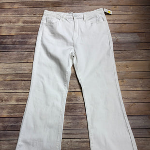 Primary Photo - BRAND: KANCAN STYLE: JEANS COLOR: WHITE SIZE: 8 SKU: 232-232121-5315