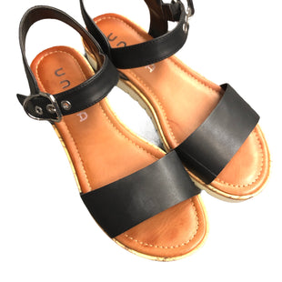 Primary Photo - BRAND: UNISA STYLE: SANDALS LOW COLOR: BLACK SIZE: 9 SKU: 232-23290-49550