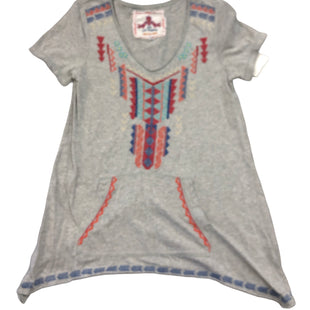 Primary Photo - BRAND: JOHNNY WAS STYLE: TOP SHORT SLEEVE COLOR: GREY SIZE: S SKU: 232-232118-7834