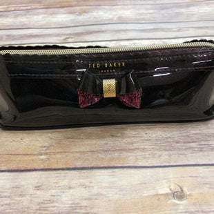 Primary Photo - BRAND: TED BAKER STYLE: ACCESSORY TAG COLOR: BURGUNDY SKU: 232-232121-5600