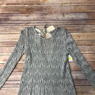 Primary Photo - BRAND:   CMC STYLE: SWEATER LIGHTWEIGHT COLOR: GREY SIZE: XS OTHER INFO: GRACE & LACE - SKU: 232-23290-48210