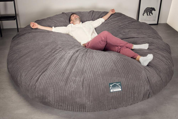 CloudSac-5000-XXXXXL-A-Titanic-Memory-Foam-Bean-Bag-Sofa-Cord-Graphite-Grey_2