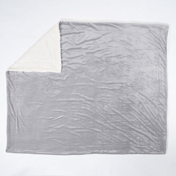 Sherpa-Throw-Blanket-Silver_2