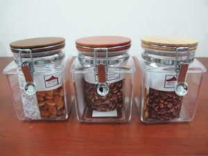 Squared Acrylic Jar with wooden lid; 1 lt - HouzeCart