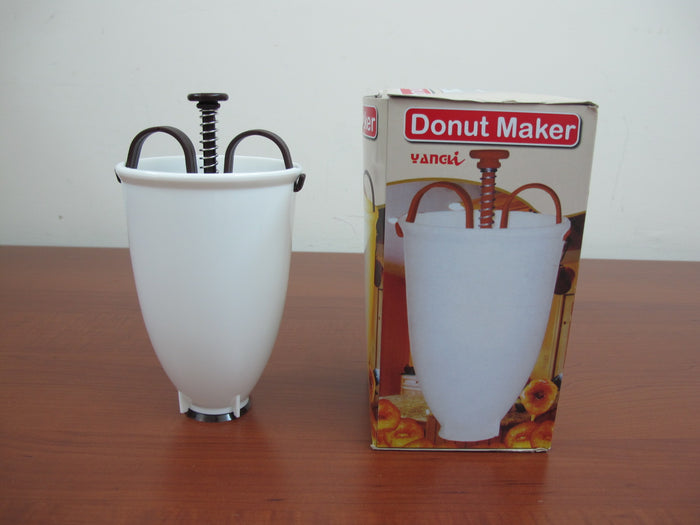Plastic Donut Maker Machine