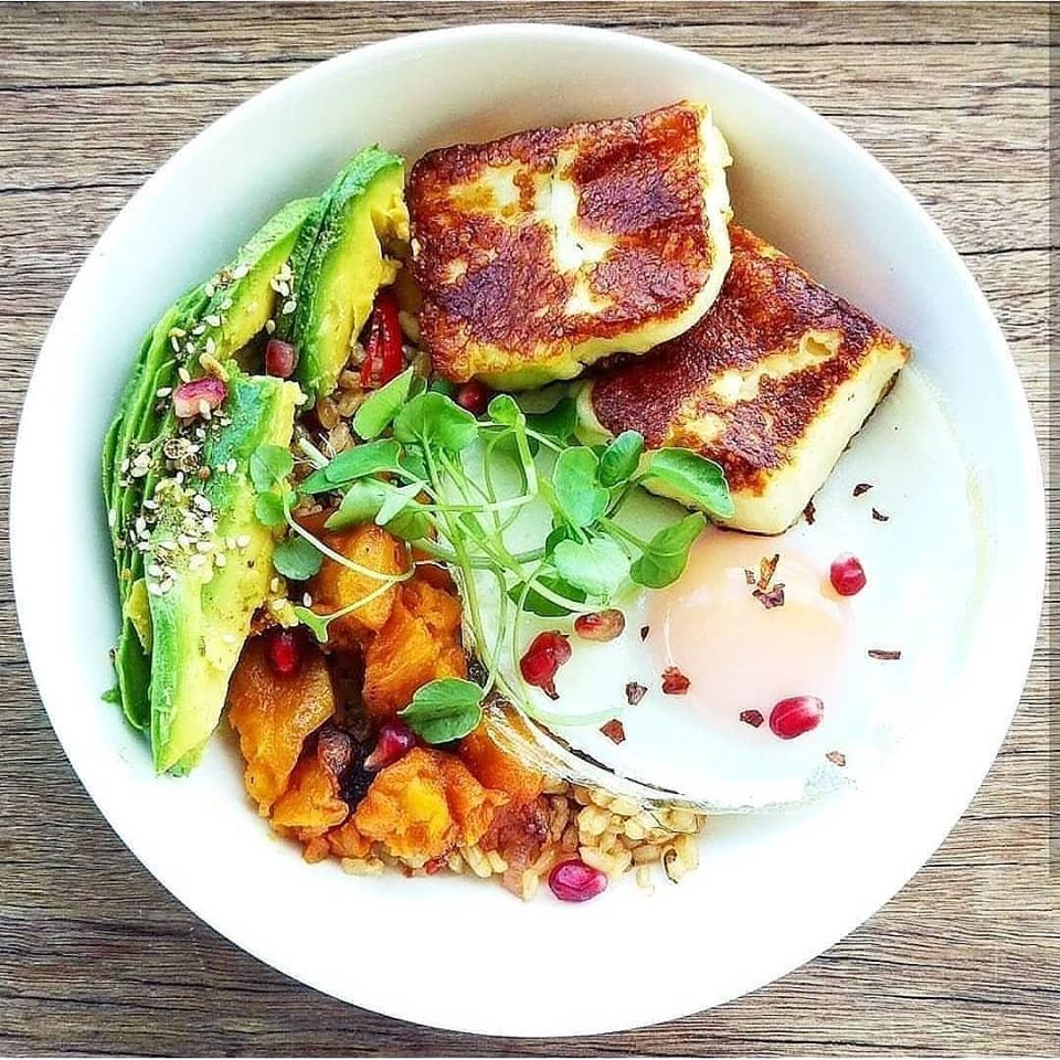 Breakkie Rice Buddha Bowl with Egg and Halloumi added (GF, Vegetarian)