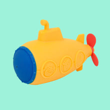 Load image into Gallery viewer, Submarine Bath Toy