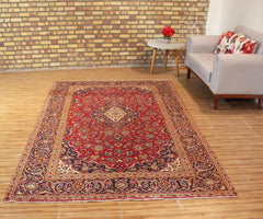 Hand Knotted Vintage Kashan Persian Rug, 203 x 308 cm