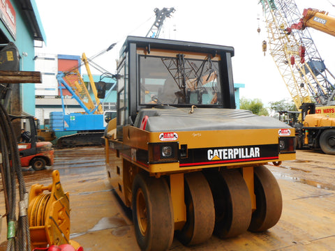 CATERPILLAR TIRE ROLLER PF300B - (TR-092)
