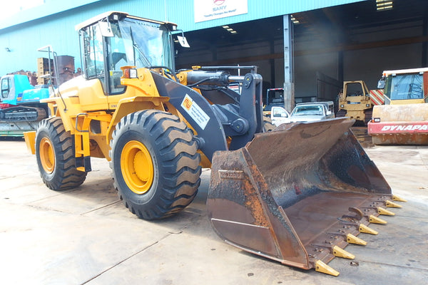 VOLVO WHEEL LOADER L105 - (VWL105-010)