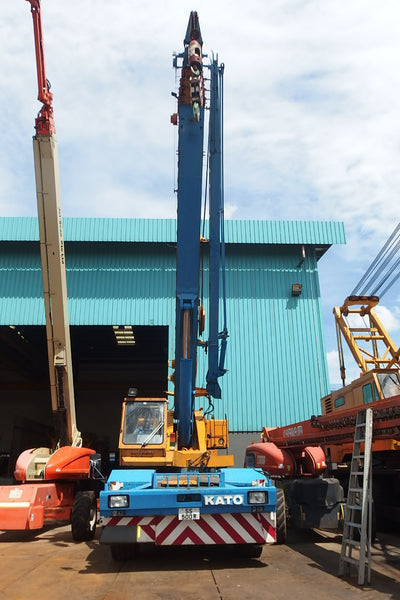 KATO ROUGH TERRAIN CRANE KR45H-VS- (MCKR45-041)