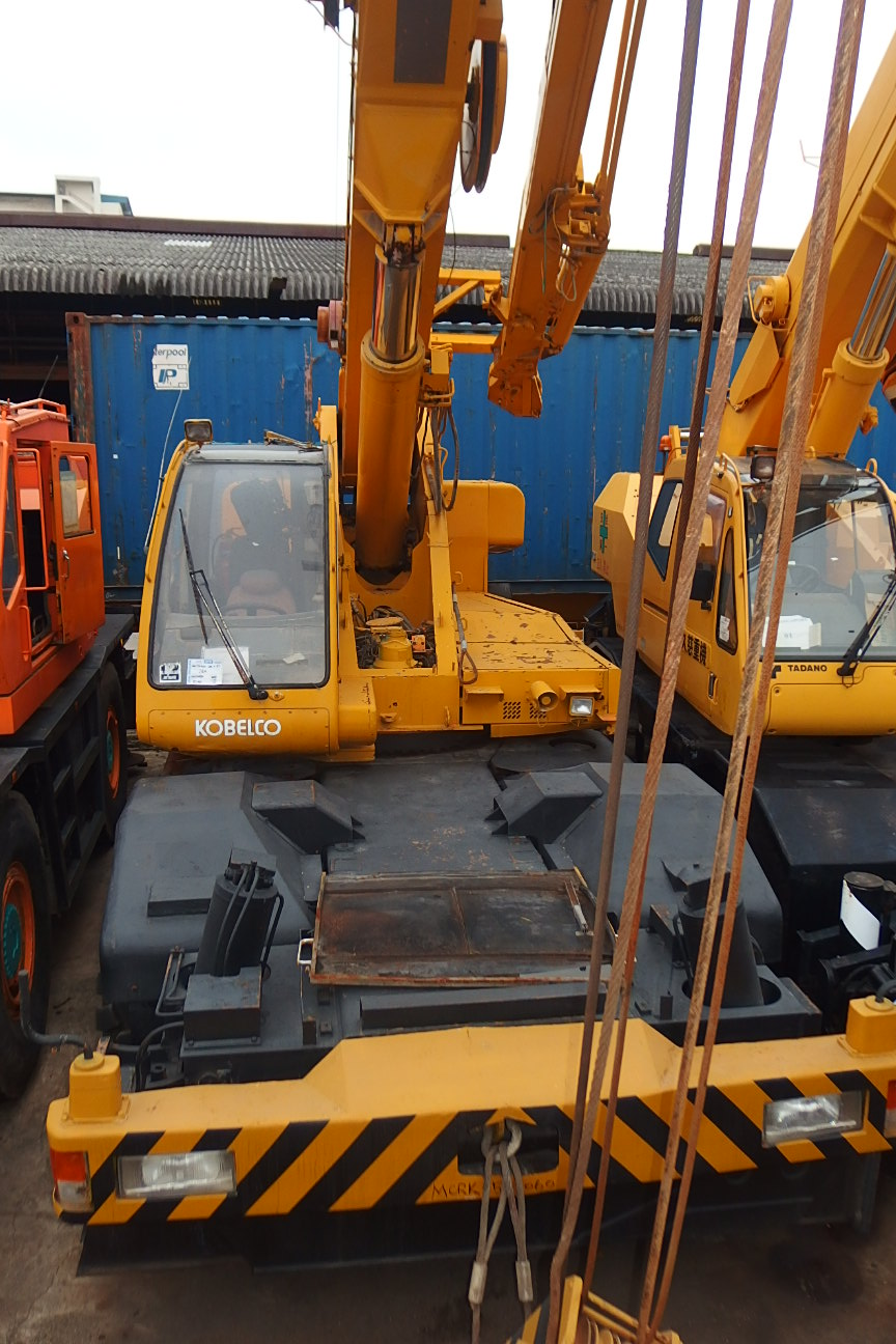 KOBELCO ROUGH TERRIAN CRANE MCRK350-060 (MCRK350-060)