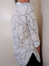 Load image into Gallery viewer, Oliver Bonas Blouse Size 12