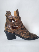 Load image into Gallery viewer, Topshop Snakeskin Boot Size 4