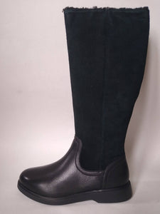 Clarks Knee High Boots Size 7