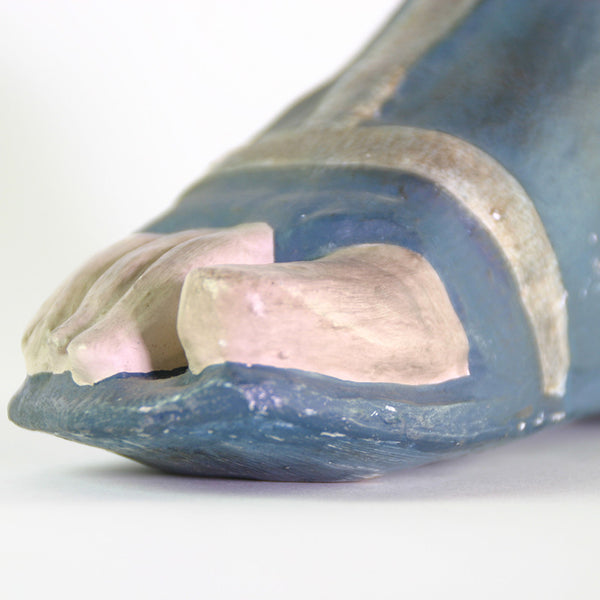 CARVED FOOT
