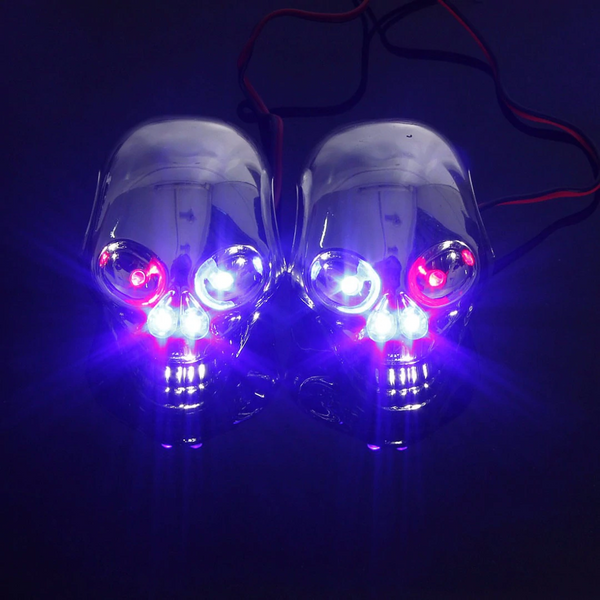 【Buy Two Get FREE SHIPPING】Motorcycle Skull Rear Tail Light