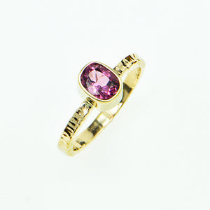 Raspberry Ceylon Spinel Faceted Ring