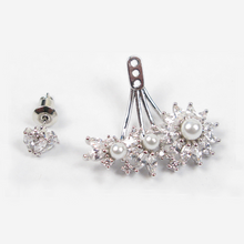 Load image into Gallery viewer, Delicate Pearl Marquise Diamontage™ 4.5 Carat Ear Jackets